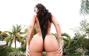 Bikini Ass Pictures